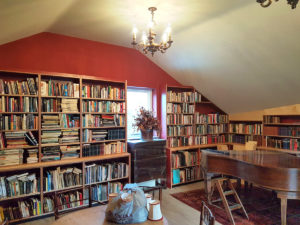 Walls of book shelves   John Day Projects